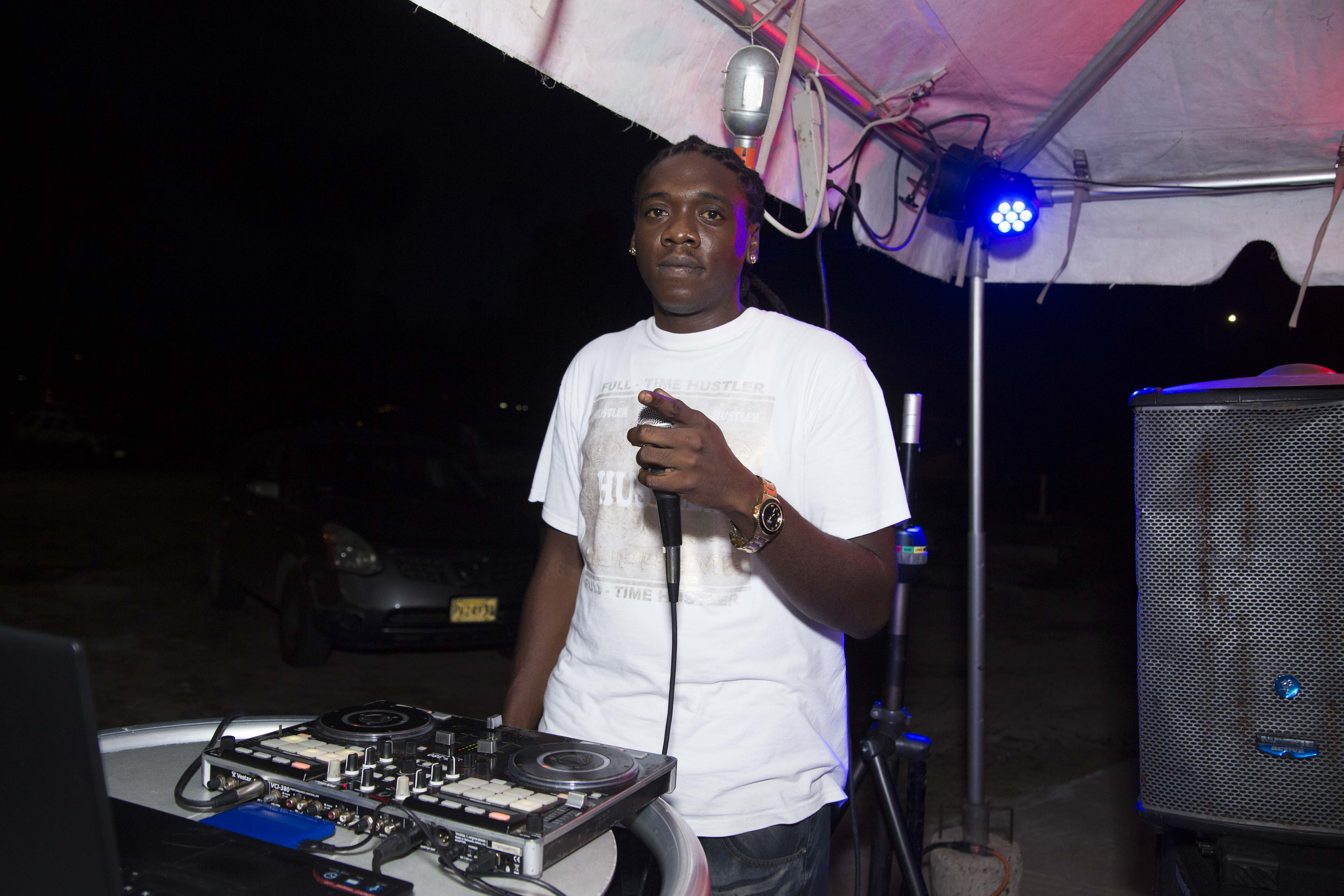 house dj young money soundz at trellis bay market